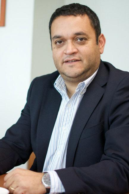 Renato-Ibarra---Gerente-de-Operaciones-y-Tecnología